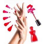 Ekspresowe malowanie paznokci dłoni. Sposób nabłyskawiczną zmianę wizerunku ipoprawę samopoczucia.
