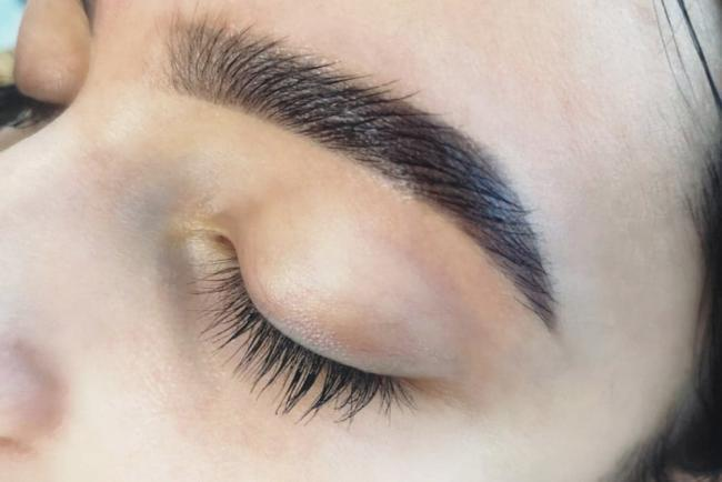 glossy-brows-1
